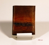 Кожаный кошелёк с тиснением № 587